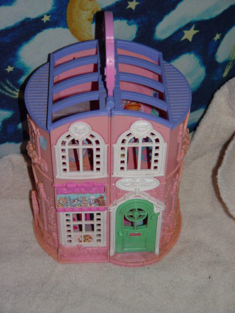 Primary image for Fisher Price Sweet Streets Pet Parlor Doll House