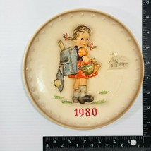 M.J. Hummel 1980 10th Annual Plate, School Girl Collectors Plate Number 273 - $31.68