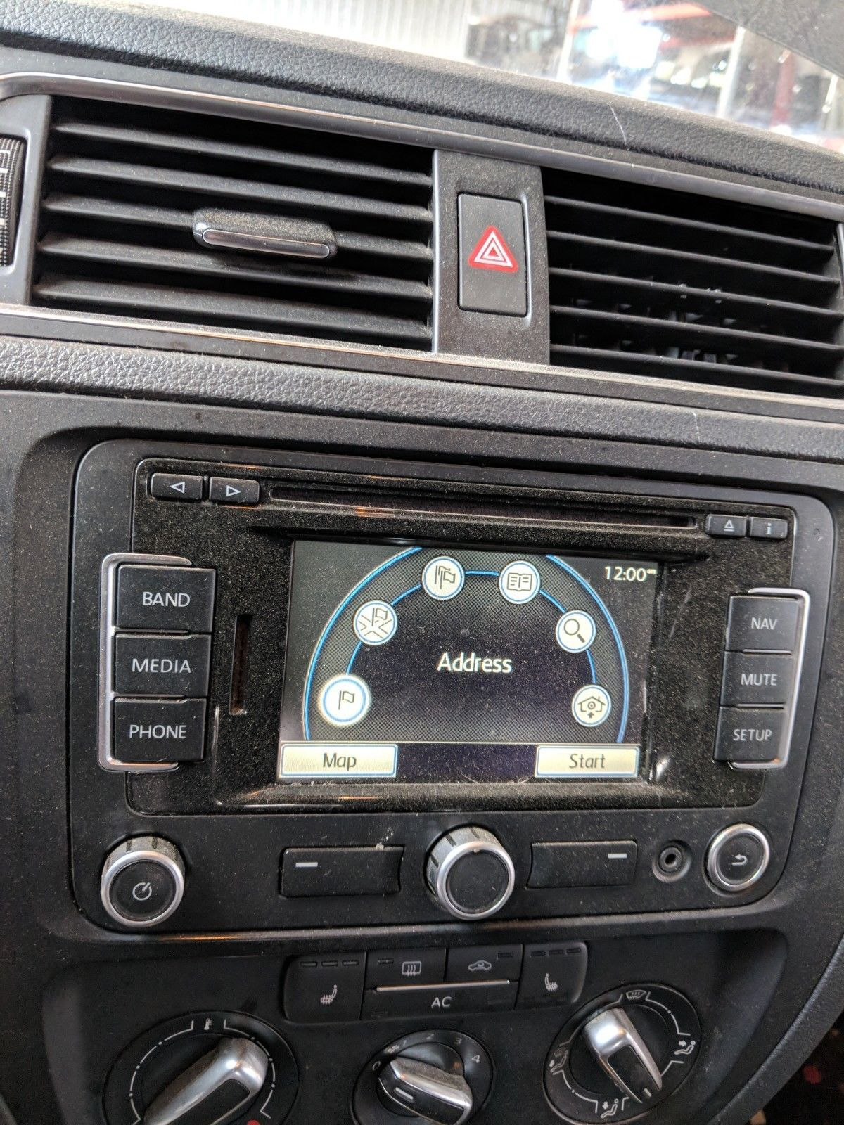 2007 2011 vw volkswagen gps navigation sat radio cd. Black Bedroom Furniture Sets. Home Design Ideas