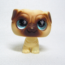 Littlest Pet Shop # 623 PUG Puppy with Glassy Blue Eyes Messiest Pet - $5.00