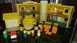 Vintage #952 Fisher Price Little People Play Family Yellow House INCOMPLETE - $89.01