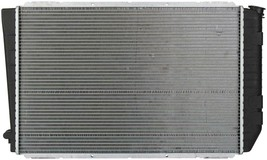 RADIATOR FO3010181 FOR 86-91 CROWN VICTORIA, LINCOLN TOWN CAR, GRAND MARQUIS image 2