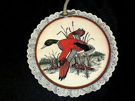 4 hanging embroidery images of ducks.AA19-1454 Vintage image 5