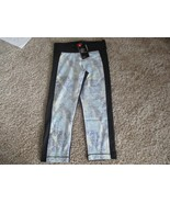 BNWT Under Armour Women's HeatGear Armour Printed Capris, Size M, black,... - $23.76
