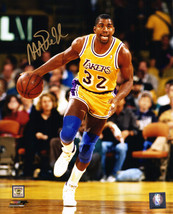 MAGIC JOHNSON Signed Los Angeles LAKERS Action 8x10 Photo - SCHWARTZ - £105.14 GBP