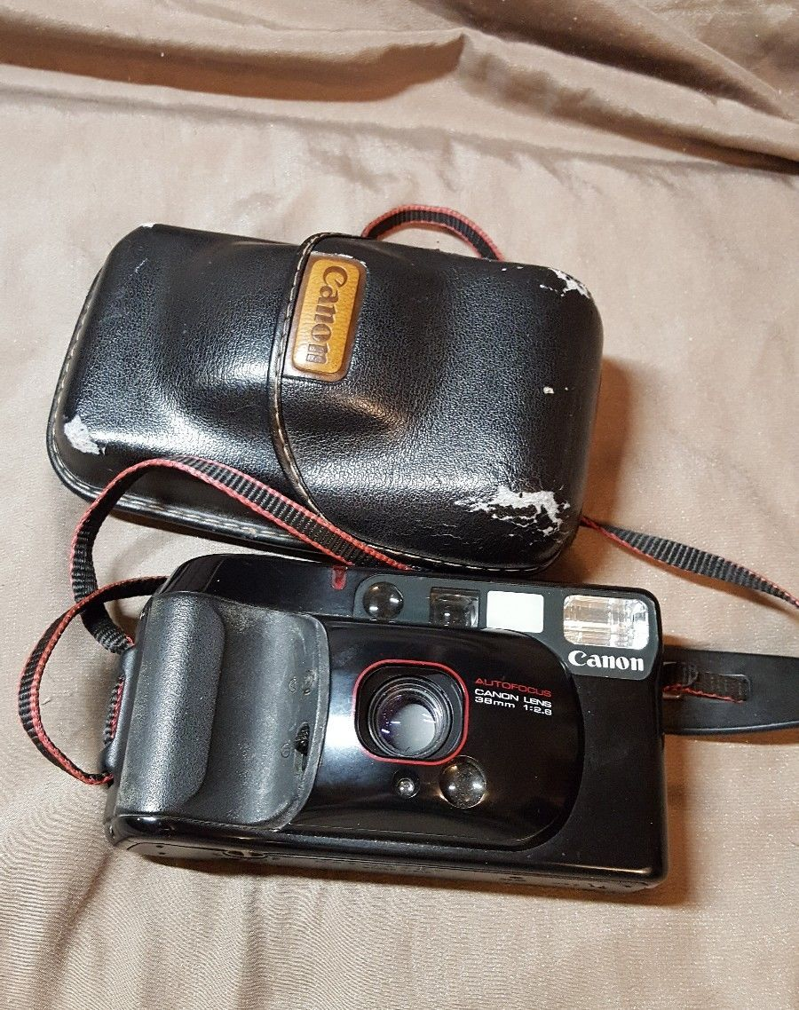 CANON SURE SHOT SUPREME AUTOFOCUS 38MM 1:2.8 POINT AND SHOOT FILM CAMERA