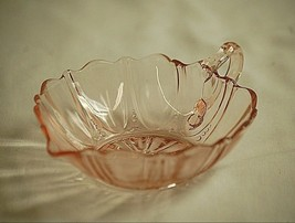 Anchor Hocking Oyster & Pearl Pink Depression Glass Handled Heart Bowl 1... - $29.69