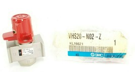 LOT OF 2 NEW SMC VHS20-N02-Z VALVES 3 PORT LOCK OUT HANDLE 1/4'' NPT, VHS20N02Z