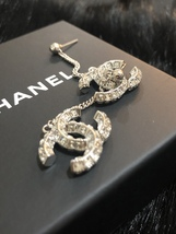 SALE* AUTH CHANEL 2019 LARGE CC LOGO Crystal Dangle Drop SILVER Earrings image 14