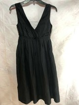 Gap dress size 2 Sleeveless Black. Side Zipper Closure. - $14.00