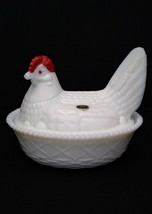 Vintage Westmoreland Small Hen On Nest White Milk Glass Basketweave Candy Dish - $19.95