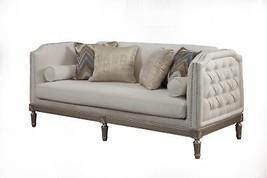 Benetti's Tiffany Luxury Ivory Platinum Chenille Sofa Wood Trim Traditional - $38.586,83 MXN