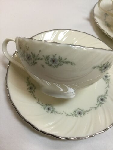 Musette By Lenox Pattern F507 3 Cup and 3 Saucer image 3