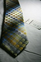 NWT Van Heusen Silk Neck Tie Silver Gold Pattern Excellent Condition - $9.89