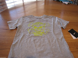 Boy's Youth 6 Nike born Baller smack talk sports grey T shirt TEE NEW NWT logo image 2