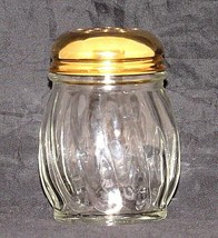 Cheese Red Pepper Shaker Dripcut by Traex Dispenser Dane WI 674J Gold To... - $19.75