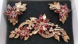 Vintage Signed Avon Enamel Poinsettia Christmas Brooch Pin w/ Matching E... - $29.00