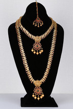 TRADITIONAL BEADS DESIGN GOLD PLATED HARAM LONG NECKLACE SET WITH SYNTHE... - $931,30 MXN