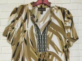 Dana Buchman Brown Beige Black White Medium Empire Line Short Sleeve Blo... - $15.55