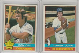 1976 Topps #416 Tommy John Ron Cey #370 Dodgers - $1.85