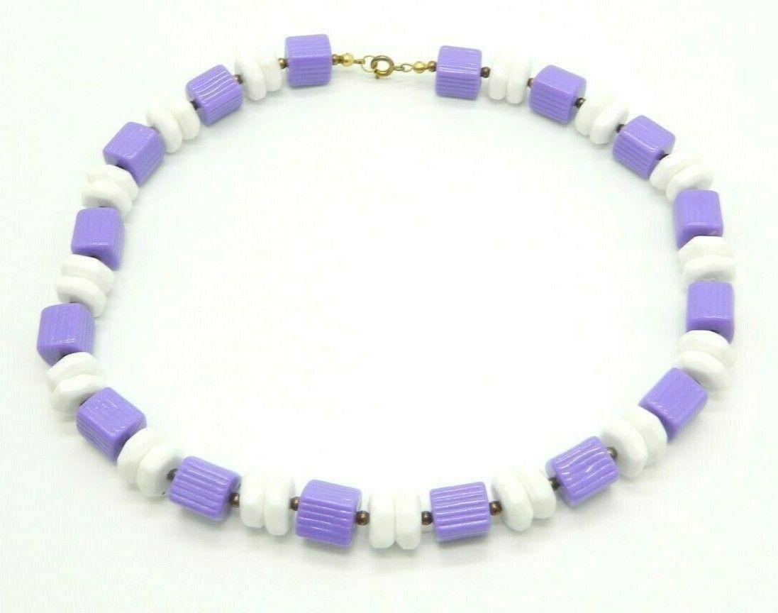 Purple White Geometric Acrylic Bead Beaded Gold Tone Vintage Choker Necklace - $19.79