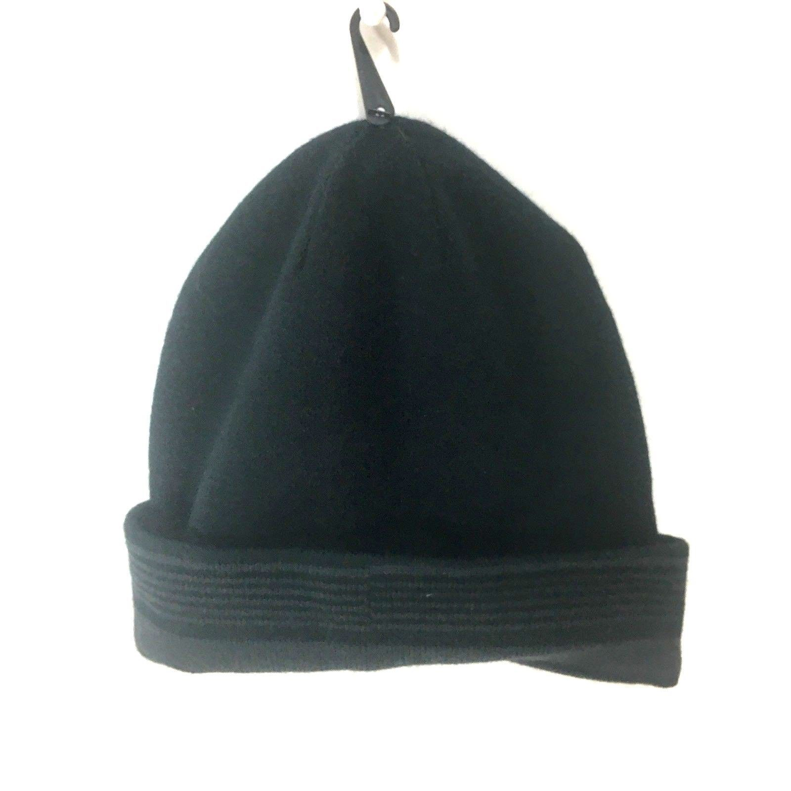 Van Heusen Mens Reversible Knit Hat Cap Beanie Black Gray Stripes  One Size NWT