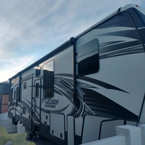 2015 Keystone Fuzion 331 with 3 slide outs FOR SALE IN Rock Springs, WY 82901