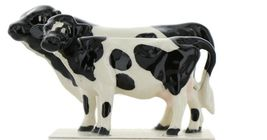 Hagen Renaker Miniature Holstein Bull and Cow Ceramic Figurine Set image 5