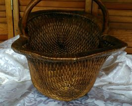 Vintage Chinese Willow Market Basket w/ Wooden Handle image 7