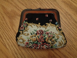 Vintage Tapestry Change Purse Celluloid / Bakelite ? Flowers - $10.00