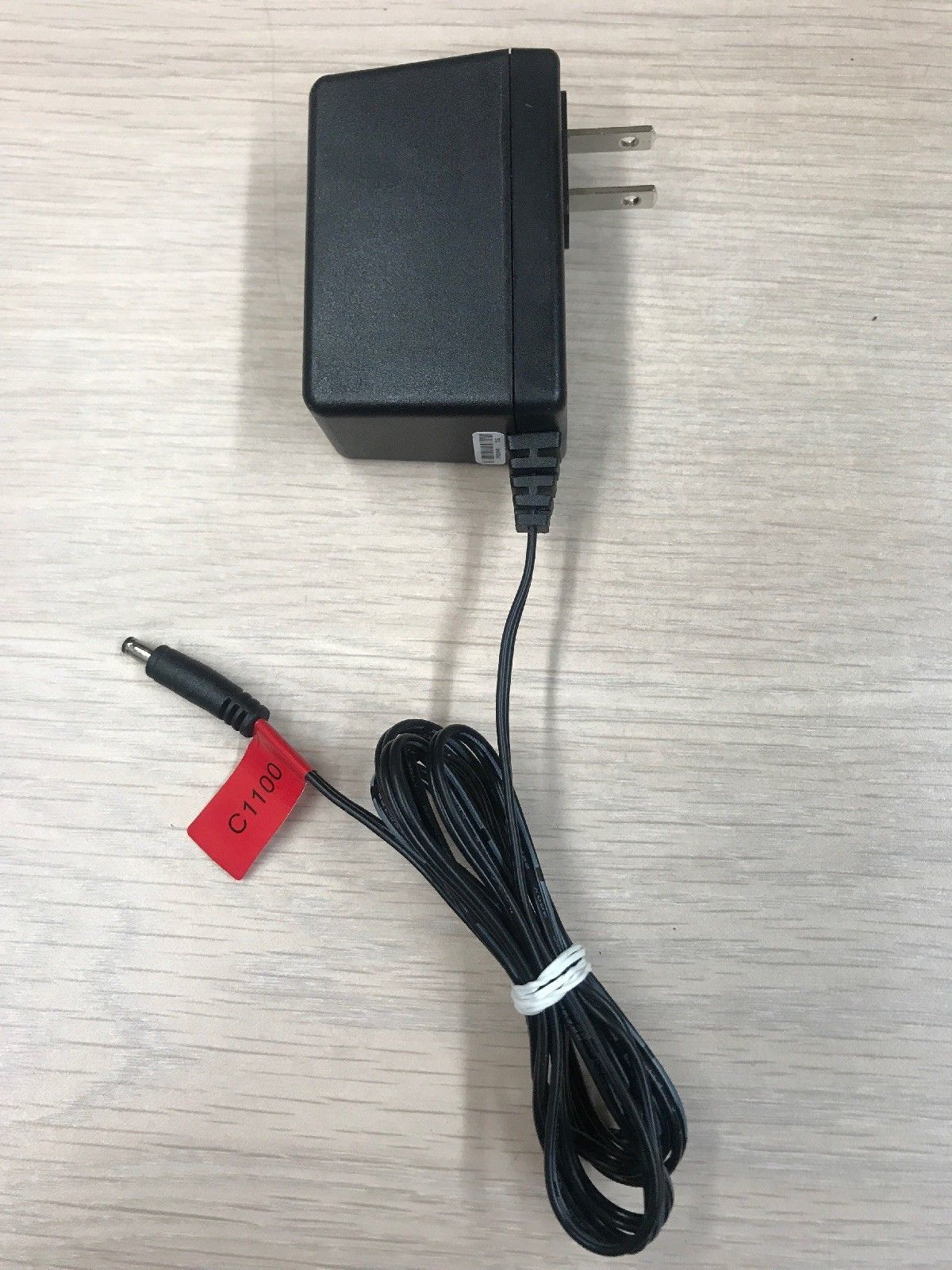 UMEC UP0181G-12PA AC Power Supply Adapter Tested & Cleaned 12V 1.5A.       (T5)