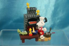 Targa Woodstock Snoopy Premium World Figure Scene Cooking Time B - $29.99