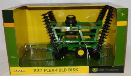 John Deere TBE45408 Die Cast Metal Replica 637 Flex Fold Disk