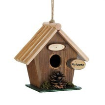 Rustic Wood Cabin with Pine Cones Birdhouse - $217,87 MXN