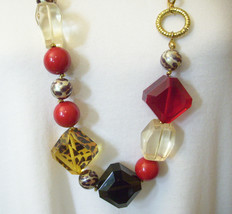 BETSEY JOHNSON Lucite Blocks Leopard Print Red Necklace Long Gold Plate ... - $54.44