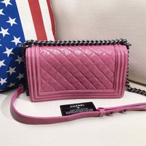 AUTHENTIC CHANEL PINK QUILTED GLAZED CALFSKIN MEDIUM BOY FLAP BAG RHW image 11