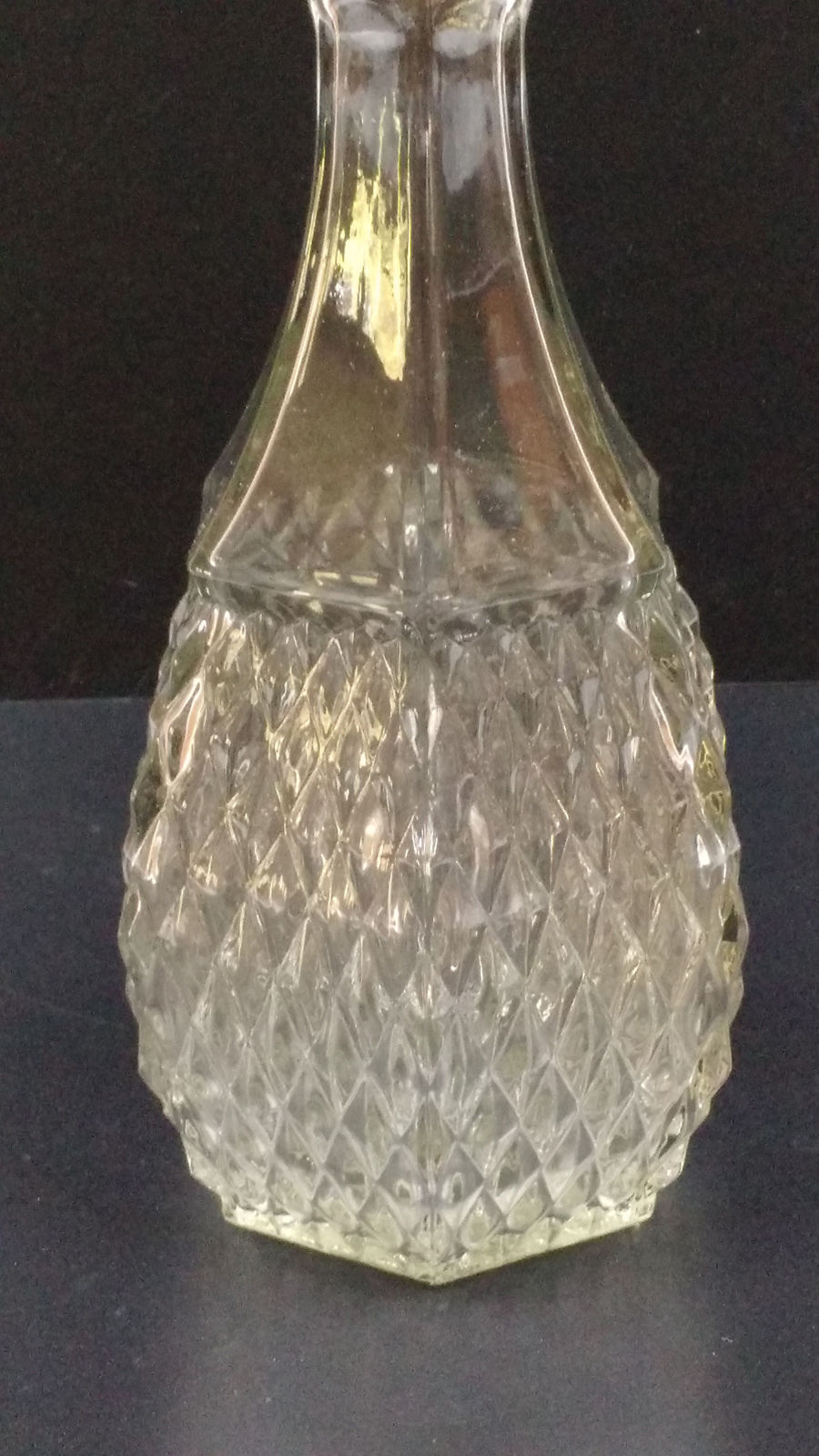 VTG Indiana Glass Company Crystal Clear Diamond Point Decanter & Stopper 24oz