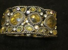 LIA SOPHIA STRETCH BRACELET GOLD AND CRYSTAL BEADS BRAND NEW - $19.99