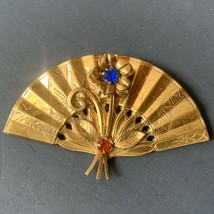 Coro Fan Brooch Rhinestone Gold Tone Etched Blue Red Flower Signed Embossed - $34.60