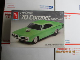 AMT 1970 Super Bee P/S 1/25 scale - $32.99