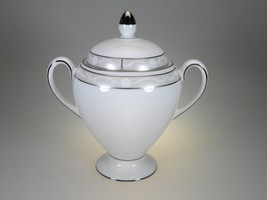 Wedgwood Icing Covered Sugar Bowl Globe Style New With Tags - $23.33
