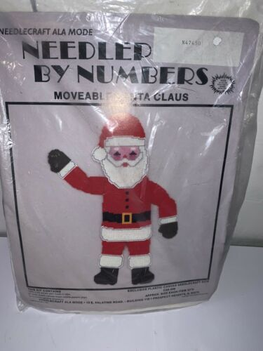 MOVEABLE SANTA CLAUS Needlecraft Ala Mode Plastic Canvas Needlepoint by Numbers - $12.19