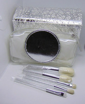 M.A.C Brush Kit Face Powder Cheek and Eye Makeup 5 Brushes + Pouch - $45.90