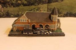 DANBURY MINT- HISTORIC RAILROAD STATIONS- LOCKPORT STATION - BOXED- W62 - $39.41