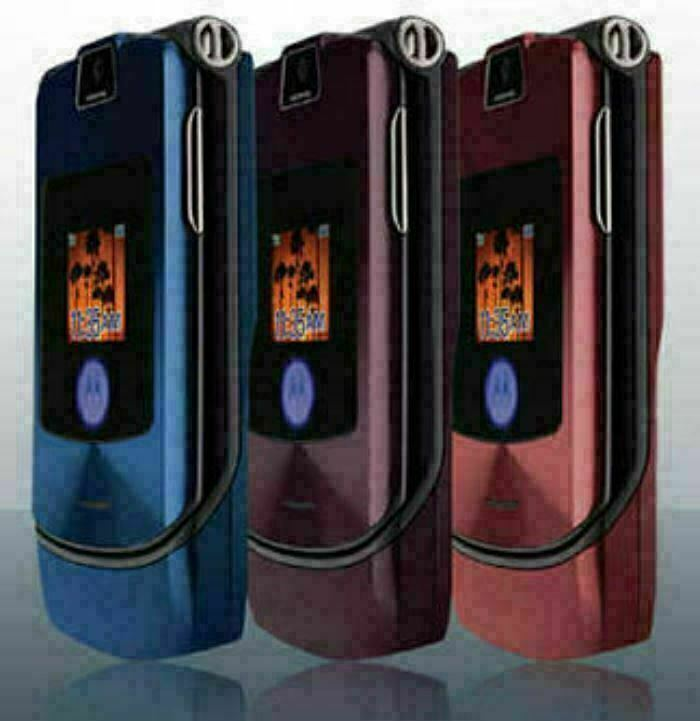 Authentic ORIGINAL Motorola V3i Pinky Flip 100% UNLOCKED 2G Cell Phone WARRANTY image 6