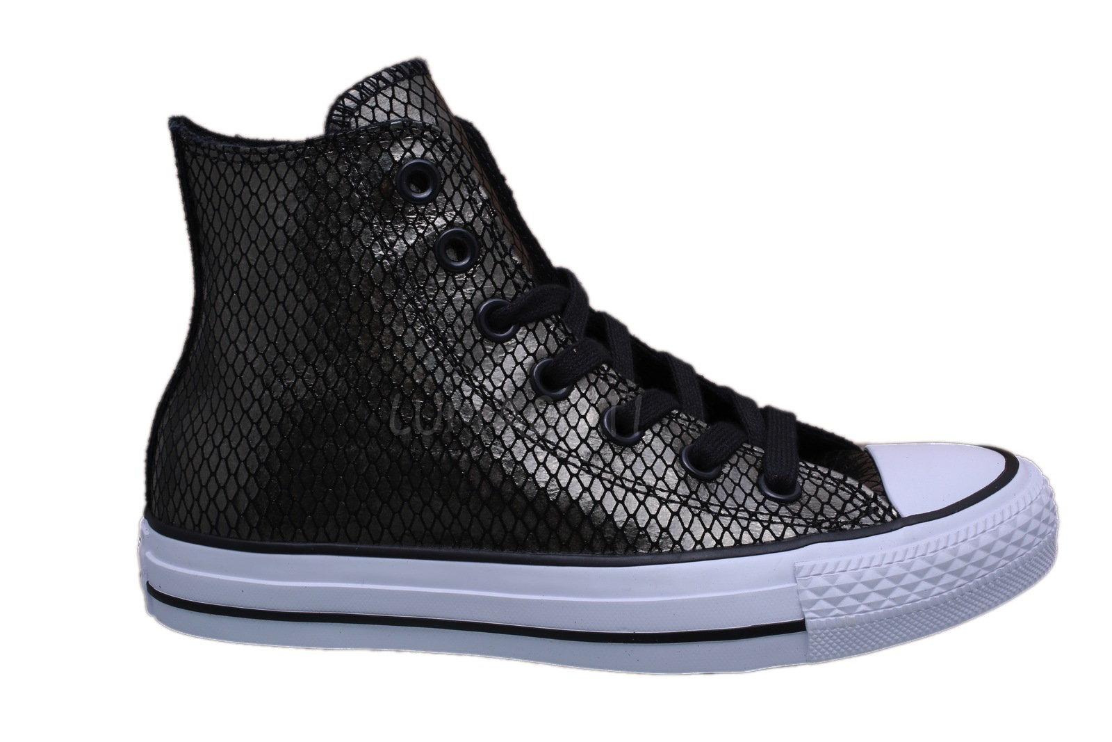 Womens Converse Chuck Taylor All Star Black/White Hi Top Sneakers 555966C