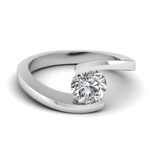 1.50ct Ct Forever One VVS2 Moissanite Moderne Bague Solitaire 14K or Blanc - $909.81