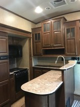 2014 Jayco Pinnacle 36' 5th wheel camper For Sale in Mitchell, South Dakota  image 4