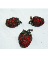 Weiss Strawberry Brooch & Clip On Earrings Set, Red Ruby Rhinestones  - $50.53 CAD