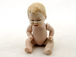 """Vintage Ceramic or Porcelain Doll, Crying Naked Baby, Posable, 5"""" Inches #2 - $19.55"""